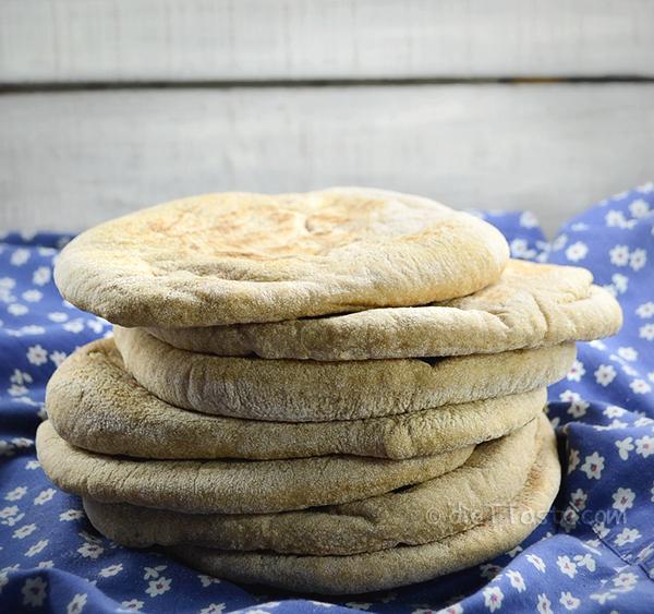 Healthy Pita Bread - diettaste.com