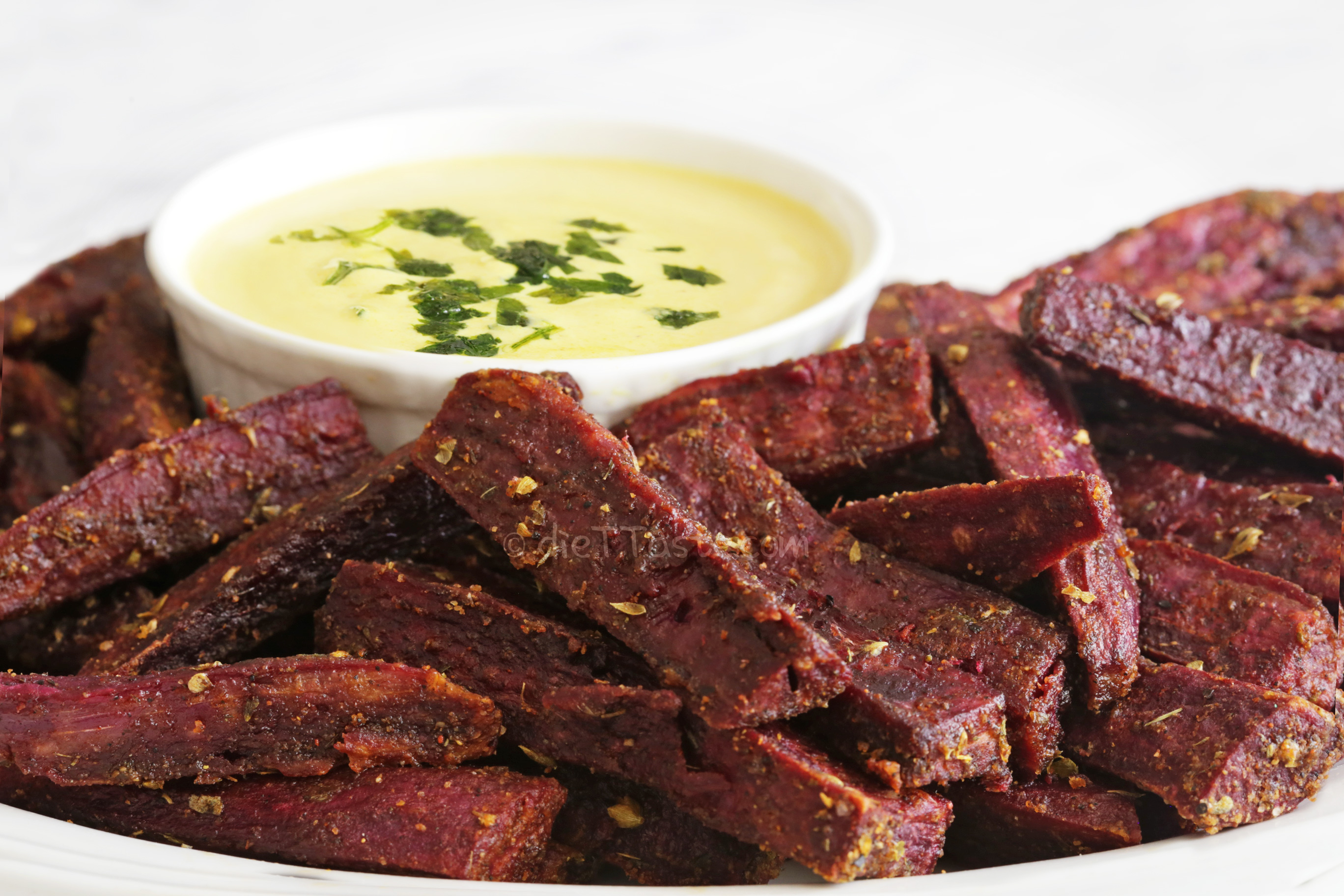 Spicy Purple Sweet Potato Fries - crispy oven baked fries, full of antioxidants and actually good for you!