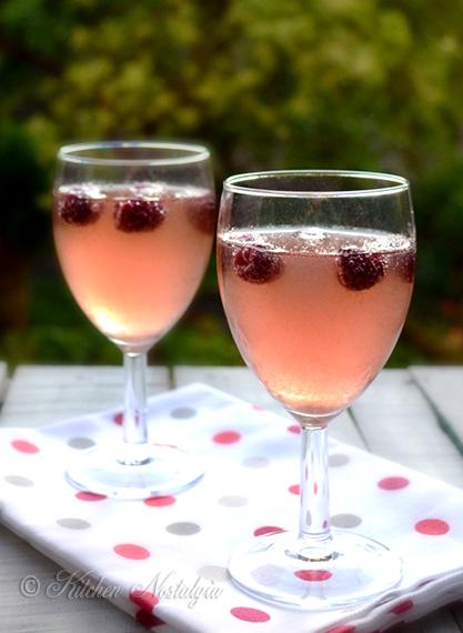 Raspberry White Wine Spritzer | Kitchen Nostalgia