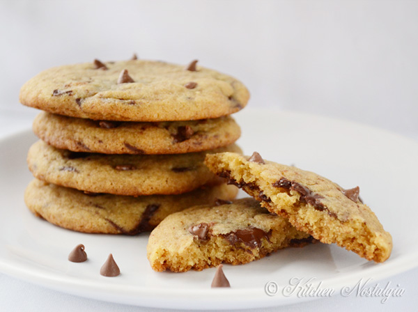 Best Ever Chocolate Chip Cookies - fluffy, chewy and moist. Learn the SCIENCE behind it!