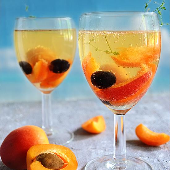 Apricot White Wine Spritzer