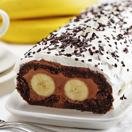 "Chocolate Banana Swiss Roll - ""Cat's Eyes"""