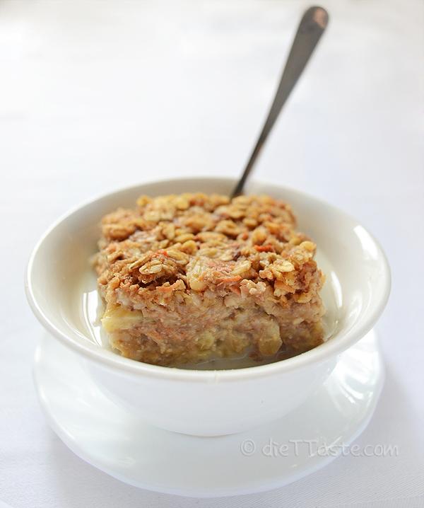 Carrot Cake Baked Oatmeal - from diettaste.com