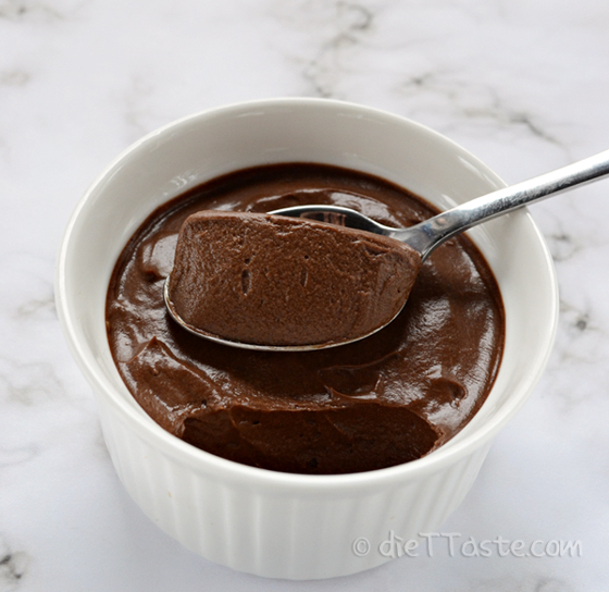 Avocado Chocolate Mousse - sugar-free, raw, diabetic friendly