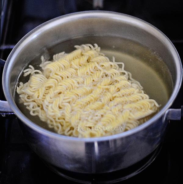 Ramen Stir-Fry- diettaste.com