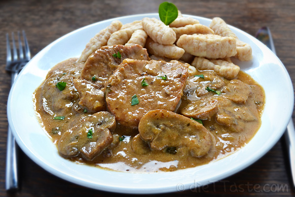 Veal in Mushroom Sauce