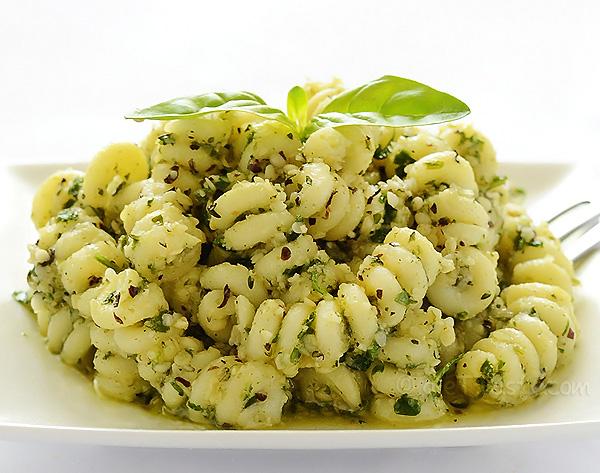 Hemp Seed Pesto - diettaste.com