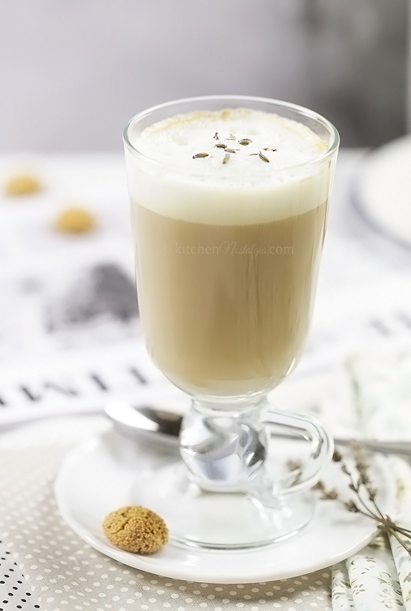 London Fog Tea Drink - comforting winter drink to brighten your mood on a rainy day, consisting of Earl Grey tea, lavander flowers and foamy steamed milk