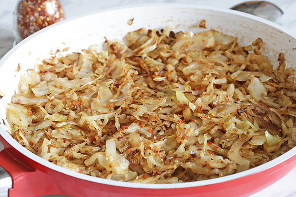 Sauteed Cabbage - quick and easy, sweet and sour side dish to accompany both vegetarian and meat dishes equally