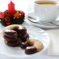 Cappuccino Crescent Cookies