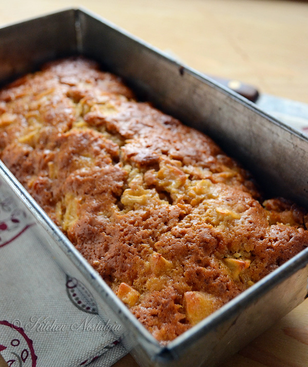 Shortcut Amish Friendship Bread (no starter) - so quick and easy, great for breakfast or dessert!