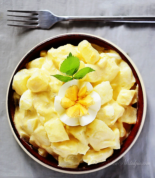 Amish Potato Salad recipe goes with practically anything, from picnics to barbecue to lunch to dinner! Ever wonder 'What can I make with white potatoes'? Make Amish Potato Salad (with Amish mayonnaise recipe included). Learn the difference between German vs Amish potato salad.