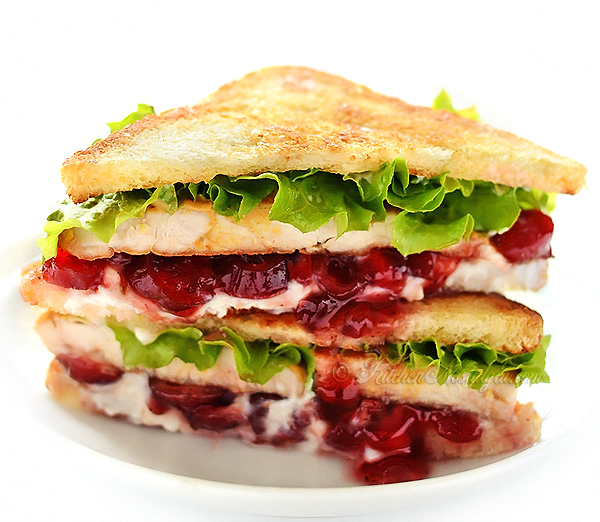 Cranberry Cream Cheese Turkey Sandwich - kitchennostalgia.com