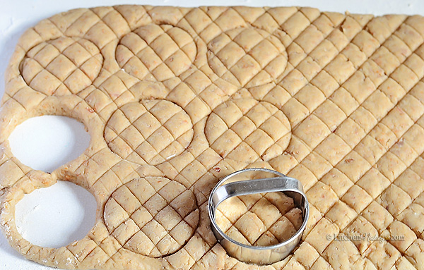Crackling Biscuits - cutting the dough