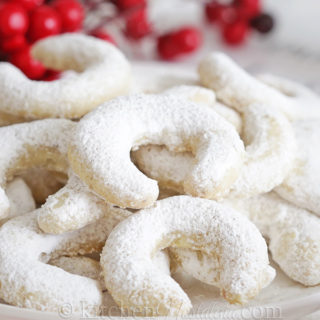 German Vanilla Crescent Cookies
